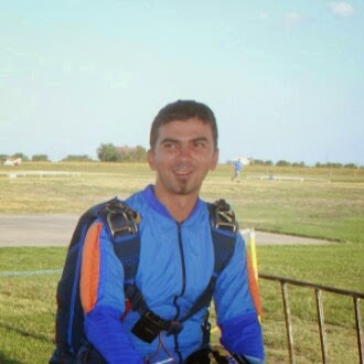 gary illyes skydiving