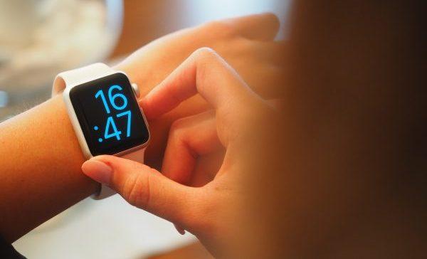 StockSnap digital watch