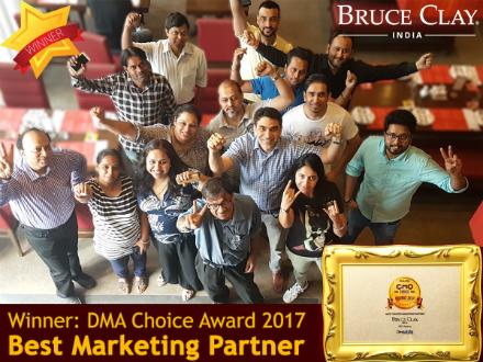 Bruce Clay India team celebrates its award